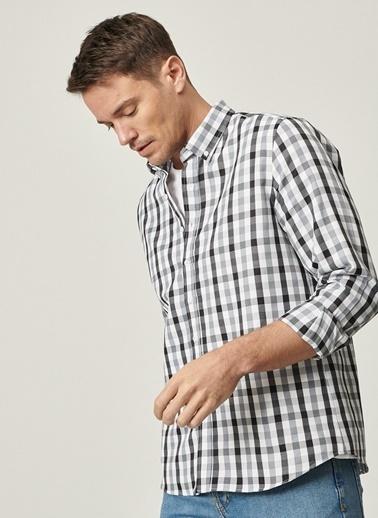 AC&Co / Altınyıldız Classics Tailored Slim Fit Dar Kesim Düğmeli Yaka Kareli Gömlek 4A2021100180 Gri